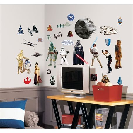 Dey also sent us Star Wars™ Classic Wall Decals fur #SCIFIpawty. Fanks @roommatesdecor