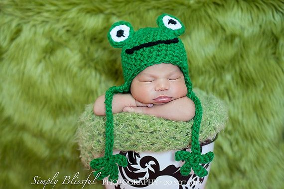 Frog Baby Boy Crochet Hat and Photography Prop Sizes Newborn, 0-3 months, 3-6 months and bigger on Etsy, $16.90 CAD Perfect to bring to my grandpas grave since he loves frogs