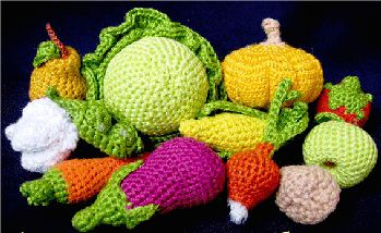 Crochet Patterns Vegetables Free : AMIGURUMI - FRUITS & VEGETABLES Amigurumi Pinterest Amigurumi ...