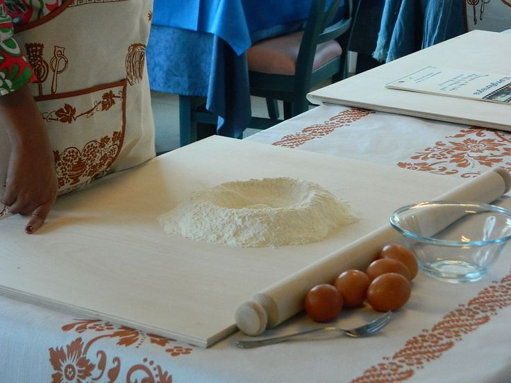 What do we need to eat a nice hand made pasta? Cooking tradition in #romagna! #lovingromagna www.lovingromagna.com
