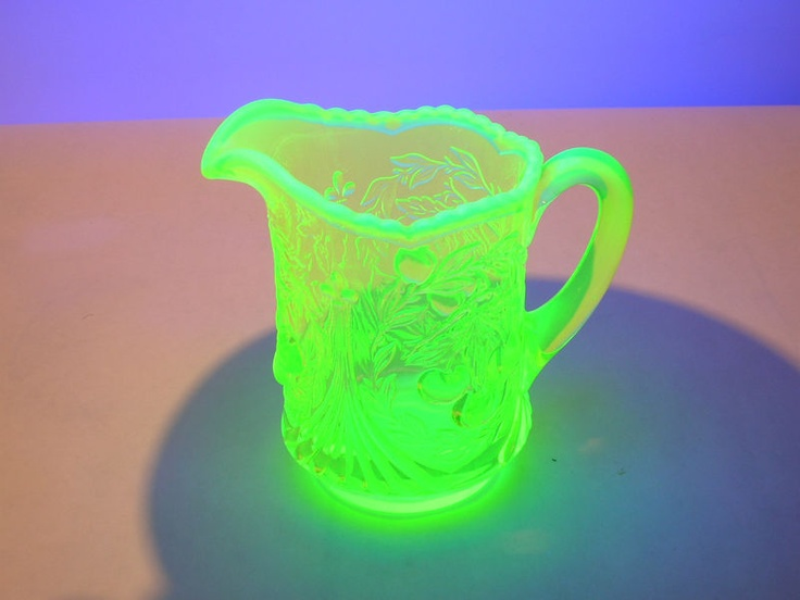 1000 Images About Jadeite Milk Glass And Vaseline Glass