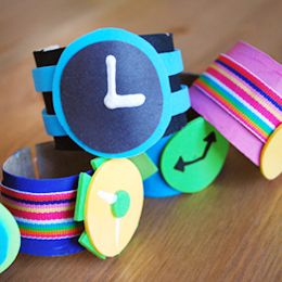 Special Agent Oso 1, 2, 3 Secret Agent Watch - party craft idea