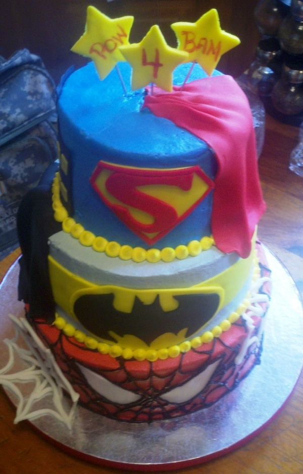 Gateau bonbon superman
