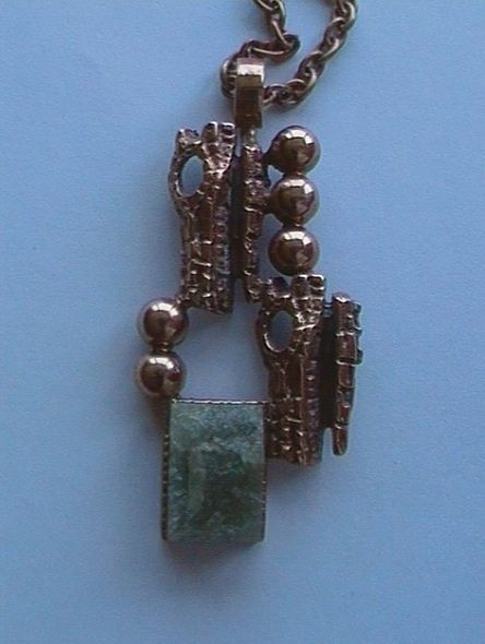 Reino Saastamoinen, long vintage bronze necklace with a green raw Finnish stone inserted, 1960's. | dba.dk #Finland