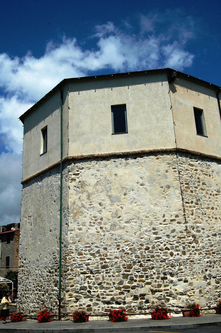 Santo Stefano al Mare (IM), Torre antibarbaresca del XVI secolo