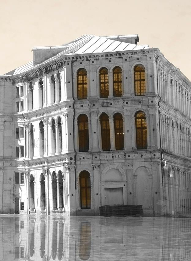 Palazzo in Venice.  Limited edition (50 pieces), Mixed Media photography. Printed on Fine Art Paper 42 x 60 (Paper size).  Signed by Fabio Bressanello