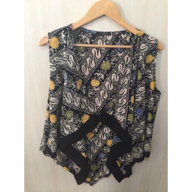 Temukan dan dapatkan Atasan batik/outer batik  hanya Rp 125.000 di Shopee sekarang juga! http://shopee.co.id/imanggoethnic/253475904 #ShopeeID