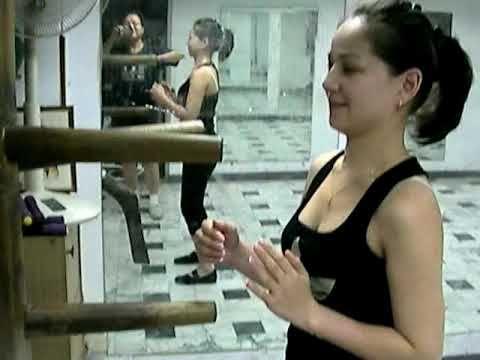 Wing Chun Wooden Dummy hands. Era. 05Nov09'.a