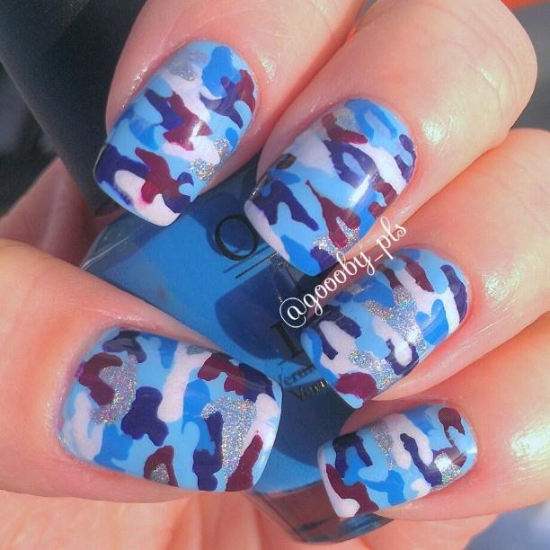 Blue camo nails