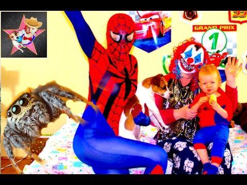 Superheroes In Real Life Spiderman vs Joker Prank Videos Страшный Паук ...