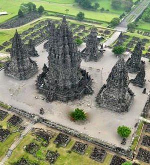 #Prambanan_Temple or #Candi_Prambanan or #Candi_Rara_Jonggrang is #Hindu_Temple in #Java, #Semarang - #Indonesia http://directrooms.com/indonesia/hotels/semarang-hotels/price1.htm