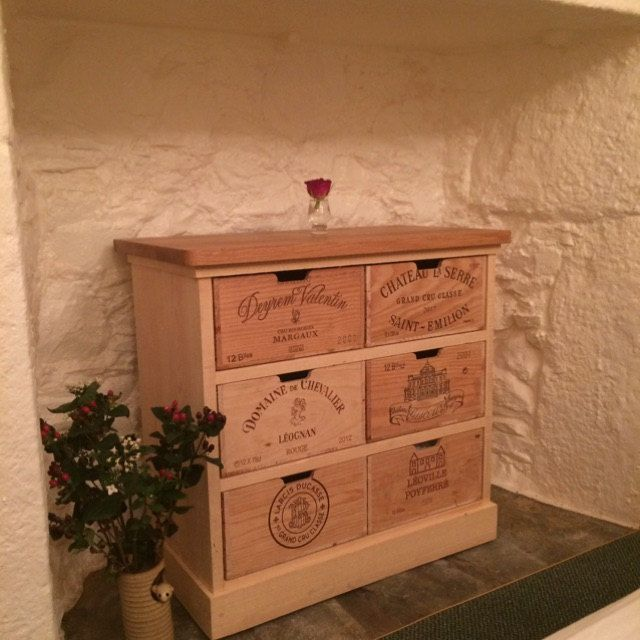 les 82 meilleures images du tableau meuble avec caisse de vin sur pinterest caisses de vin. Black Bedroom Furniture Sets. Home Design Ideas