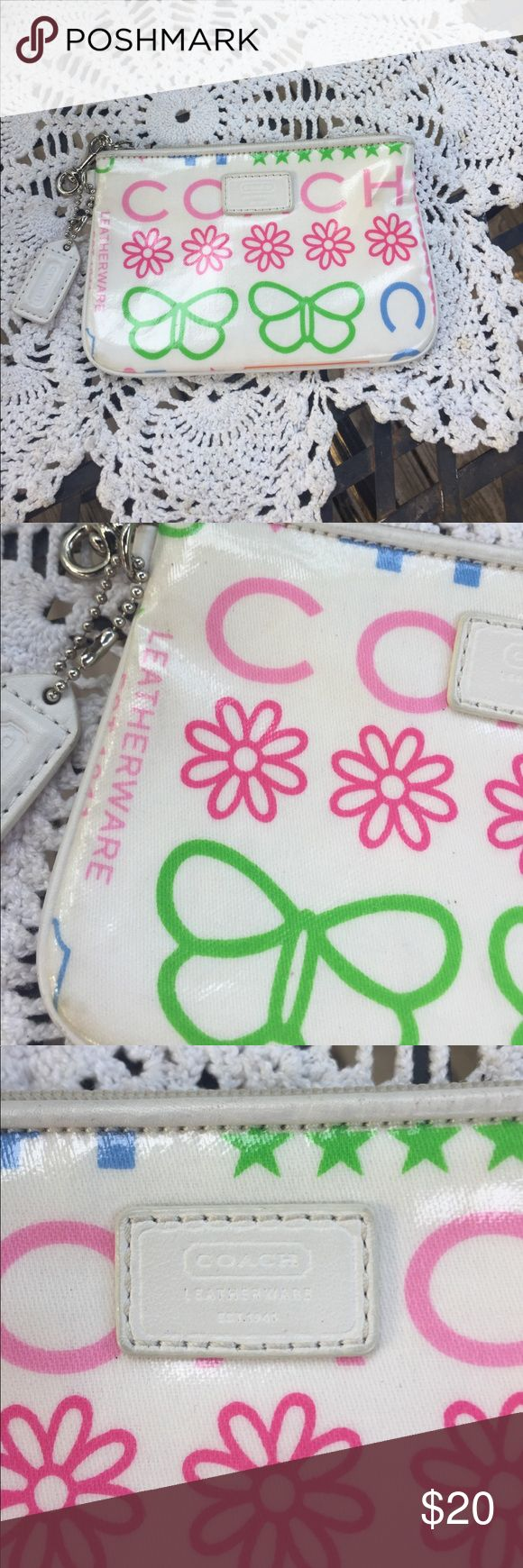 Auth. Coach clutch Super cute and in EUC. Coach floral clutch. Great for Back to School Coach Accessories Watches