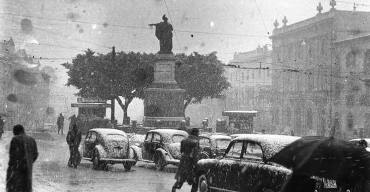 Cagliari : La nevicata del '56 . Evento più unico che raro ! Sardinia...