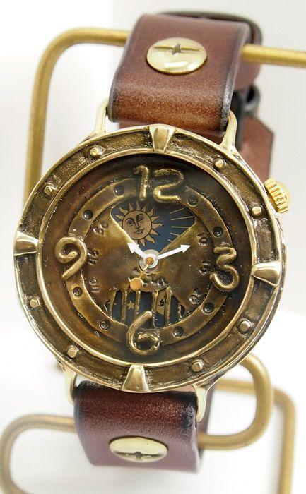 """cota(コタ)手作り腕時計""""Moon and Sun -月と太陽-""""メンズ [M-4] ―木野内芳祐さん・中野貴臣さんが手がける、遊び心とアンティーク感があふれる手作り時計ブランド【クラフトカフェ】"""