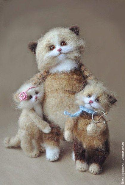 СЧАСТЛИВАЯ МАМА вязаная игрушка коты - кот,котик,котята,кошка,игрушка кот