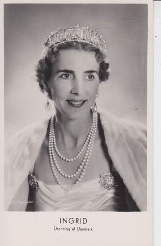 QUEEN-INGRID-OF-DENMARK