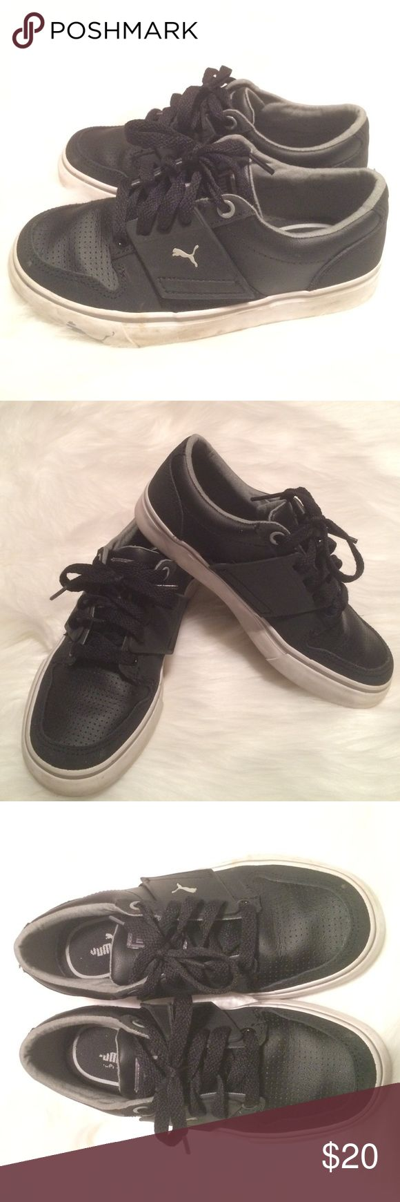 Boy's Puma leather shoes size:13.5 Up for sale pre-loved leather Puma sneakers.Worn only 4 times because my son complained they were too tight on him,I bought them without him trying them on.Great looking shoe.Size:13.5 in little boys.Color:Black Puma Shoes Sneakers