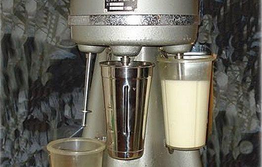 Тайна молочного коктейля по-советски http://bigl1fe.ru/2017/01/13/tajna-molochnogo-koktejlya-po-sovetski/