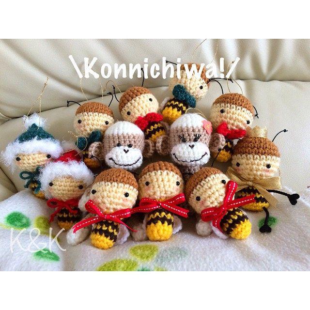 They are on their way to NY! I was a little sad to see them go..  (⸝⸝⸝ᵒ̴̶̷̥́ ⌑ ᵒ̴̶̷̣̥̀⸝⸝⸝)  #amigurumi #RESOBOX #exhibition #newyork #ny #handmade #crochet #honeybee #sockmonkey #kawaii #christmas #holiday #あみぐるみ