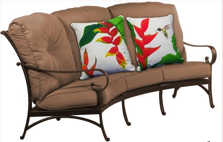 hermosos cojines pintados. Painted Pillows