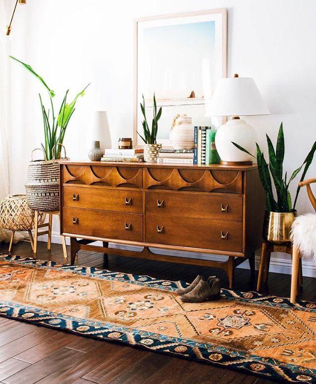 Mid-Century Modern Mood // Living Room // Interior // Home Decor // Tribal Run