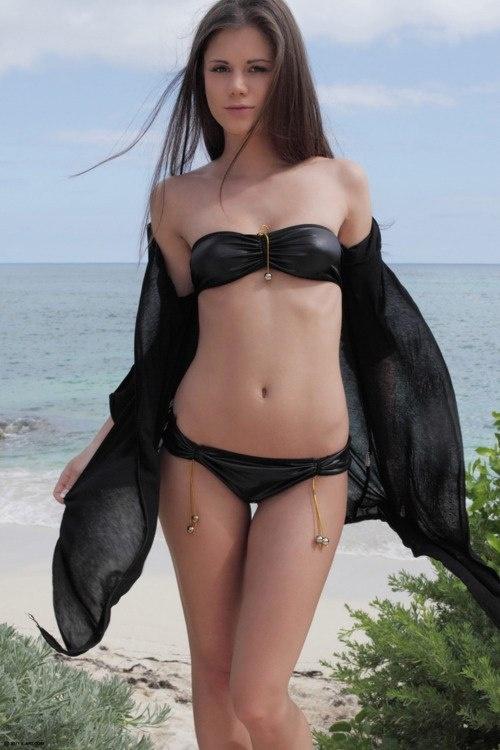Ksenia, 18 лет, Тиват. Анкета: http://fotostrana.ru/user/68012130/