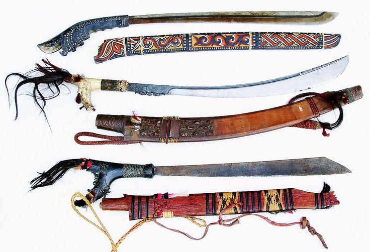 Gambar Dan Nama Senjata Tradisional Dari 33 Provinsi di Indonesia ~ Tasik Cyber