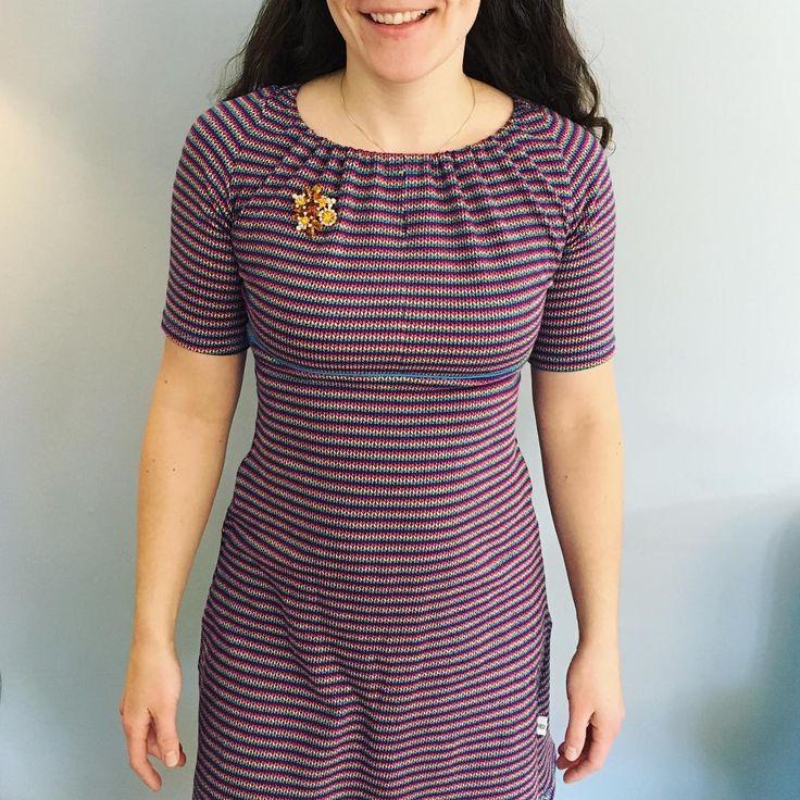 Kleid aus dem Buch #nähdirdeinkleid von rosa p., zusammengestellt aus den Bausteinen des Baukastensystems. Buch erhältlich zum Beispiel im #rosapshop über www.rosape.de