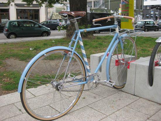 die besten 25 fahrradrahmen lackieren ideen auf pinterest velo fahrrad fahrrad und fahrrad. Black Bedroom Furniture Sets. Home Design Ideas