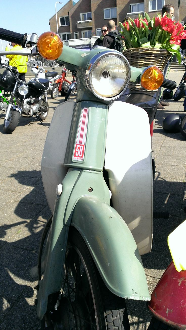 Honda c50 cub Original; Dutch bike, You can bicycle with it ! a Mobet in these days was an bicycle with an engine . sold till 1975 in Holland Netherland. this green color and in Grey. I ve got a grey one from 1973 !