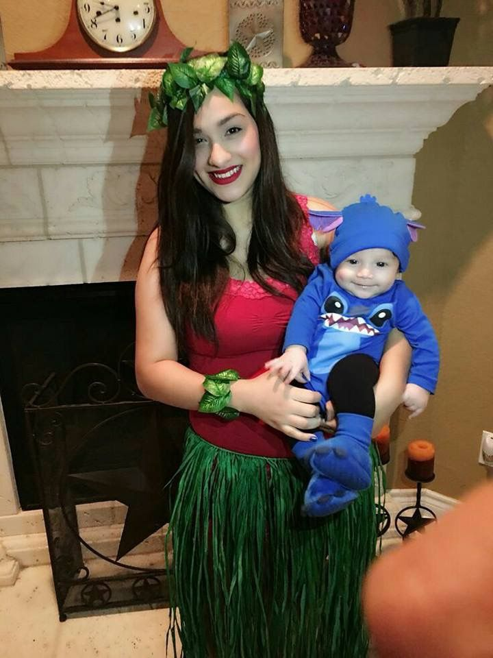 Mommy And Me Lilo And Stitch Costume Idea Baby First Halloween Costume Baby First Halloween Cute Baby Halloween Costumes
