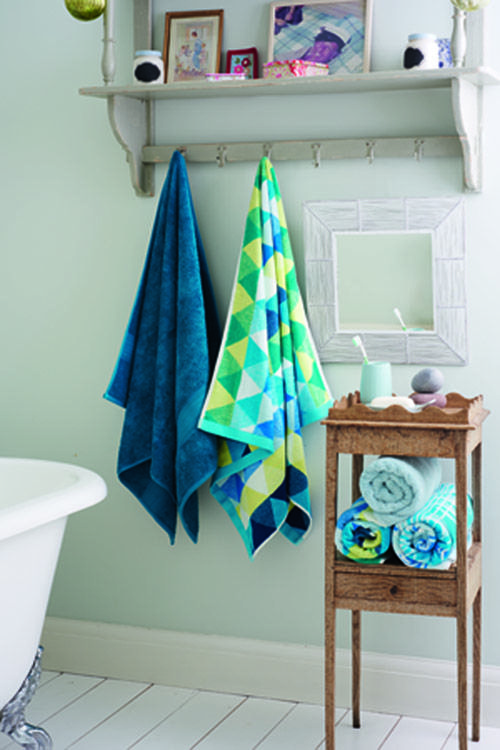 Add a splash of colour to your bathroom with our vibrant mix-and-match towels.