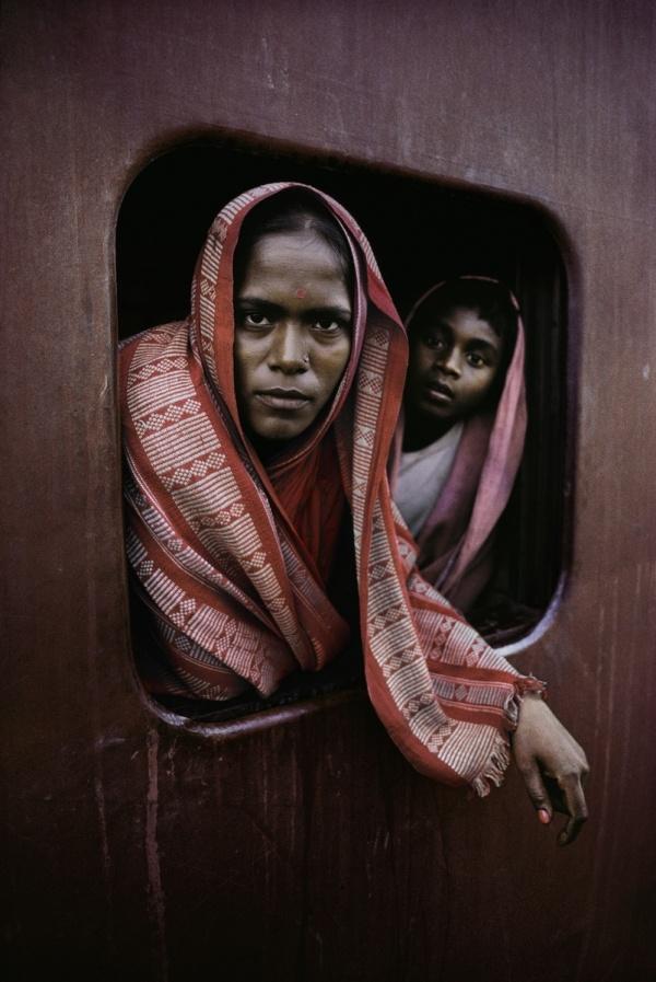 Howrah Mail Train going to Kolkata