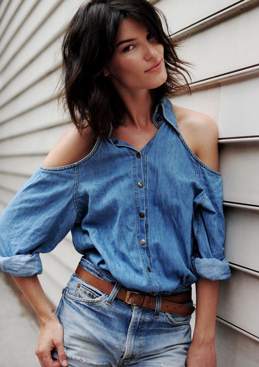 Cute denim cut-out shoulders. I've made several shirts like this but now I have to do a denim one!