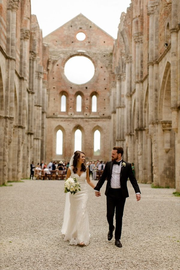 Wedding At Tenuta Di Papena San Galgano Abbey Christina Adam Fun Wedding Photography Tuscan Wedding Tuscany Wedding