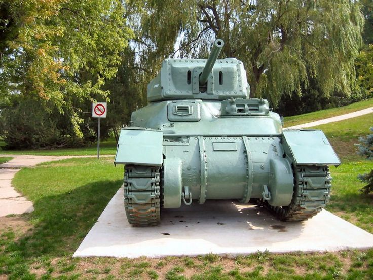 Surviving example of the M4A5 Medium Tank / Ram Mk.II Cruiser Tank early production version - auxiliary gun turret on Left Side of Hull and Side Doors.