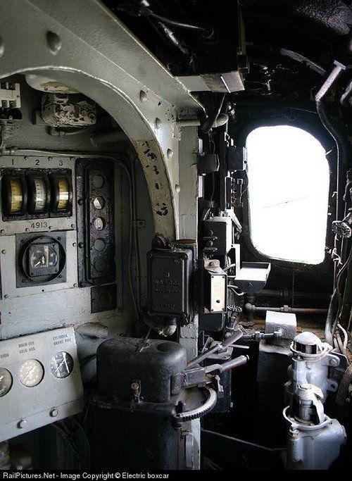 Inside  the Penn RR  GG1
