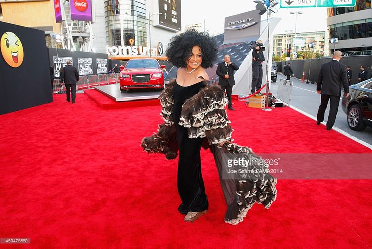 Singer Diana Ross attends the 2014 American Music Awards red carpet arrivals featuring the All-New Chrysler 300S at Nokia Theatre L.A. Live on November 23, 2014 in Los Angeles, California.