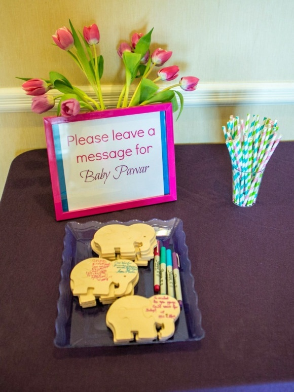 Bollywood Baby Shower - Use puzzles as guest book  #diy #bollywood #babyshower #guestbook