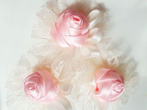Ekrü-rózsával - Kitűző vőlegénynek, örömapának, csuklódísz, alkalmi ruhadísz , Esküvő, Hajdísz, ruhadísz, Esküvői dekoráció, Cipő, cipőklipsz, Meska