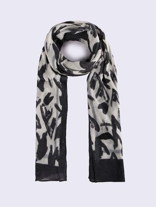 Light viscose scarf blended with soft wool for added warmth. The painted monochrome hearts print is an exclusive seasonal pattern. The border frame is detailed with a Diesel logo.#fashion #grunge #afflink #lovethis