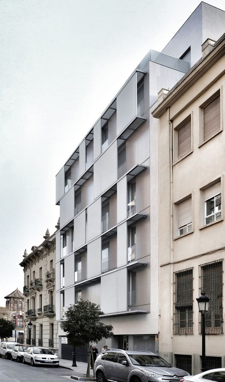 Built by Candel Arquitectura in Albacete, Spain with date 2011. Images by David Frutos .      The building occupies an existing emptiness in an irregular urban layout, produced by the demolition, and ...