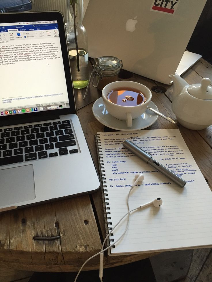 workharrdplayharderr: Studying abroad means chic... / Tea, Coffee, and Books