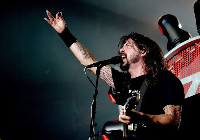 Dave Grohl To Battle Animal In A Drum-Off On The Muppets - Stereogum