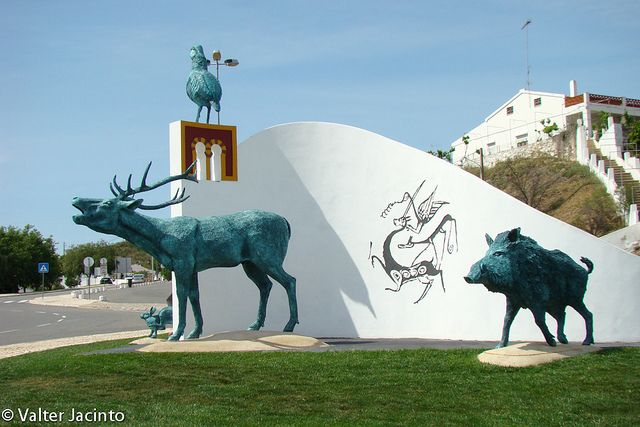 "Monumento ""Mértola - Capital Nacional da Caça"" | Flickr - Photo Sharing!  Alentejo, Portugal"