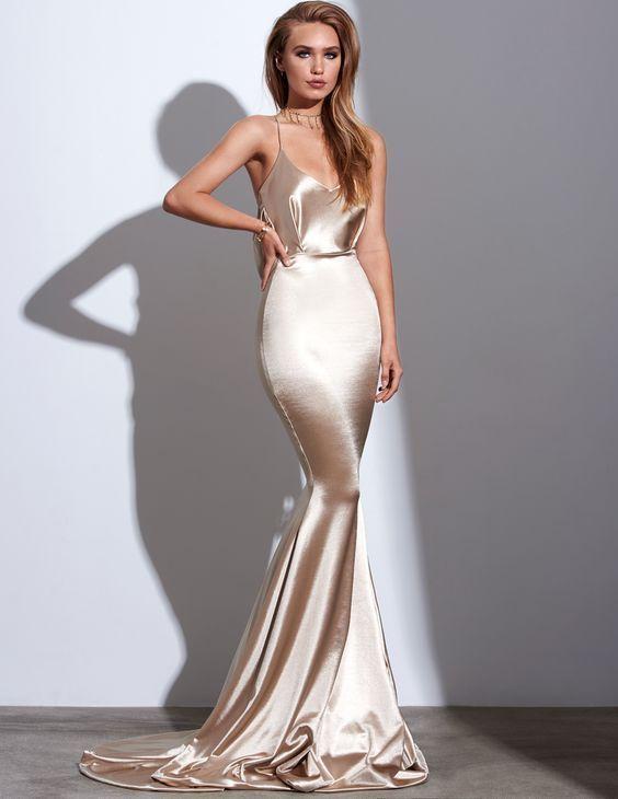 d61bea60157e Sexy Prom Dress