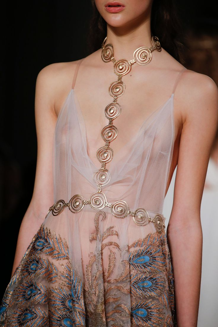 Valentino Spring 2016 Couture Fashion Show Details
