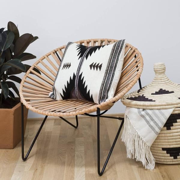 An updated version of the classic Acapulco chair, handcrafted in Mexico City, using thick, natural leather sourced from Mexico's leather capital, León.
