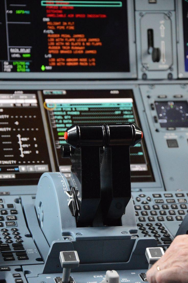A350 Cockpit - Airbus A350 Cockpit